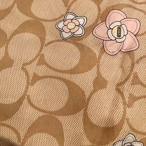 Coach Original Logo Tan Flowers Silk 24 x 24 Scarf